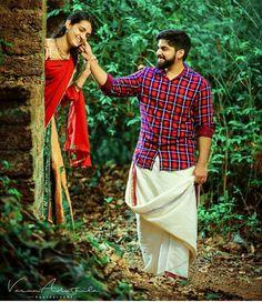 Creative Couples Photography, Outdoor Portrait Photography, Village Photography, Kerala Wedding Photography, Wedding Couple Poses Photography, Indian Photography, Pre Wedding Shoot Ideas, Pre Wedding Photoshoot, Wedding Girl