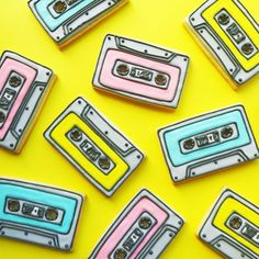 Let's Rock 'n' Roll With These Cassette Cookies A digital media and commerce company that enables creativity through inspirational content and online classes. 90th Birthday, Birthday Cookies, Birthday Ideas, Amor Ideas, Fun Party Themes, Party Ideas, 90s Theme, Disco Party, Cookie Designs