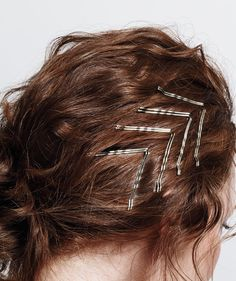 Long the unsung hero of hairstyling, the bobby pin has gone from functional to fabulous. These easy looks will be your new manestays. Bobby Pin Hairstyles, Fancy Hairstyles, Everyday Hairstyles, Headband Hairstyles, Updo Hairstyle, Natural Hair Styles, Short Hair Styles, Hair Scarf Styles, Barrettes