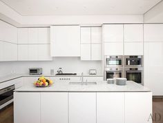 In the Manhattan townhouse of adman Donny Deutsch, stainless-steel Miele…