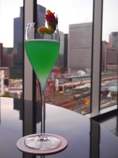 The vibrant Annecy from @Four Seasons Hotel Tokyo at Marunouchi: Shake 30ml La Poire flavoured Vodka Grey Goose, 20ml Apple juice, 5ml Fresh lemon juice, 1tsp Mint Liqueur Get 27, 1tsp Blue Curaçao Syrup Monin, 1dash Herb Liqueur Pernod with ice. Strain, and top with Tonic Water.