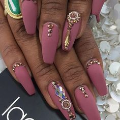 Luscious laque matte for the lovely Stiletto Nails, Coffin Nails, Laque Nail Bar, Matte Acrylic Nails, Vegas Nails, Light Nails, Autumn Nails, Nail Accessories, Hot Nails