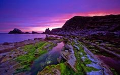 cascade coast, purple sky x 1600 px] - Nature/Sea and coasts - Pictures and wallpapers Landscape Wallpaper, Nature Wallpaper, Cool Wallpaper, Wallpaper Earth, Sunset Wallpaper, Wallpaper Gallery, High Def Wallpapers, Desktop Wallpapers, Widescreen Wallpaper