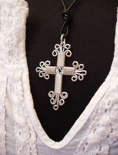 Wire-wrapped Cross