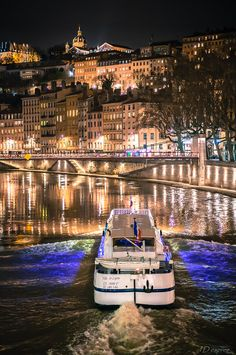 Air France, Lyon France, Paris Itinerary 3 Days, Lyon City, France Culture, Lyonnaise, France Photography, Biarritz, French Alps