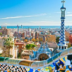 Tour panorámico por Barcelona con 4 horas de duración 32 € (grupos de 20 pax)