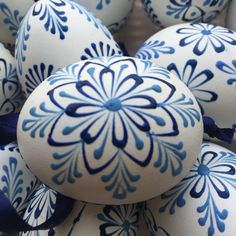 "Czech traditional Easter Eggs ""Kraslice"" (Moravia, Europe)-white with blue wax 