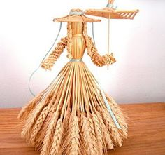 Herbs Crafts Gifts: Our Friend Joyce Banbury & Wheat Weaving