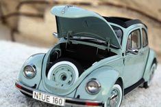 Modellauto Volkswagen Käfer 1600i Ultima Edition von Schuco 1:18 4 Diecast Models, Scale Models, Wheels, Volkswagen Beetles, Scale Model Cars, Scale Model