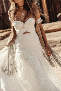 A sneak peak at the brand new modern and romantic boho wedding dress collections, Moonrise Canyon from Rue De Seine available exclusivley at our bridal shops. Making A Wedding Dress, Classic Wedding Dress, Western Wedding Dresses, Bohemian Wedding Dresses, Bohemian Weddings, Indian Weddings, Unique Weddings, Bridal Gowns, Wedding Gowns