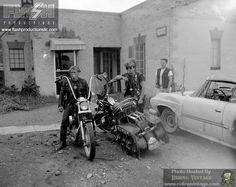 Riding Vintage: Portraits of American Bikers: Life in the 1960s