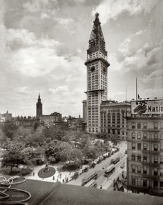 (1908, Jun. 16) The Metropolitan Life tower under construction in New York City