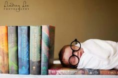 How cute! Harry Potter themed photo shoot,  im guna have to do this with my next boy :)