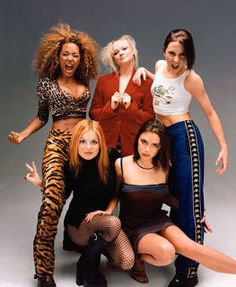 Next year marks the anniversary of the Spice Girl's first single Wannabe. Will there be a Spice Girls reunion to celebrate? We really hope so. 1990s Fashion Trends, Fashion Guys, Fashion Models, 2000s Fashion, Fashion Outfits, Fashion Tights, Diy Outfits, Spice Girls Outfits, Outfits Casual