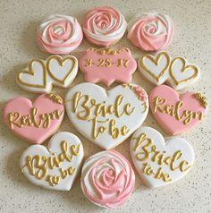 47 Ideas Cute Bridal Shower Cupcakes Wedding Cookies For 2019 Wedding Shower Cookies, Bridal Shower Desserts, Bridal Shower Cupcakes, Wedding Cupcakes, Bridal Shower Decorations, Wedding Cake, Hens Party Cupcakes, Party Wedding, White Bridal Shower