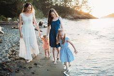 Family beach photo outfit ideas.  Blue and pink palette forever 21 white maxi dress