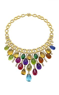 Stunning jewelled Bvlgari necklace. I love Bvlgari colour use, pretty much the only big name jewellery that does it for me....