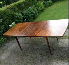 Fredrik Kayser, spisebord i palisander. Retro Furniture, Teak, Retro Vintage, Dining Table, Design, Home Decor, Modern, Decoration Home, Room Decor