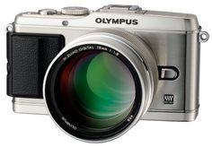 Olympus M.ZUIKO DIGITAL ED 75mm f1.8 High-Grade Portrait Lens