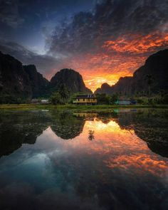 Beautiful Landscapes of Indonesia by Longgo Hindarto Aesthetic Photography Nature, Photography Basics, Landscape Photography, Nature Photography, Wonderful Places, Beautiful Places, Adventure Is Out There, Landscape Photos, Nature Pictures