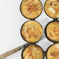 Potato-Chip Frittatas Recipe from Time For Dinner (Cookie Magazine cookbook) Muffin Tin Potatoes, Brunch Recipes, Breakfast Recipes, Brunch Ideas, Breakfast Ideas, Pregnancy Cravings, Fit Pregnancy, Pregnancy Tracker, Pregnancy Foods
