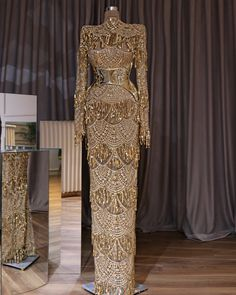 Dress to Impress! Silver or Gold? The choice is yours _ Dress Designer Glam Dresses, Event Dresses, Couture Dresses, Pretty Dresses, Fashion Dresses, Wedding Dresses, Bride Dresses, Vestidos Versace, Gowns Of Elegance