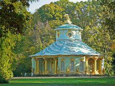 CHINESISCHES TEEHAUS im Park Sanssouci in Potsdam von Bernhard Kross