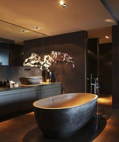 What do you think of this bathroom? #richlifestyle #luxurylife #bilionaire #richlife #wealth #money #billionaire #luxury #expensive #millionaire #ricchi #soldi #soldoni #benessere #ricchezza