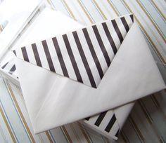 Envelope Black & White Stripes