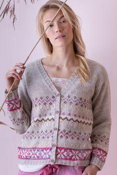 Delicate colourwork cardigan Novita Nalle gratis of niet? of begrijp ik de site niet? Summer Knitting, Fair Isle Knitting, Baby Cardigan, Knit Cardigan, Baby Knitting Patterns, Free Knitting, How To Purl Knit, Coral Turquoise, Cardigans For Women