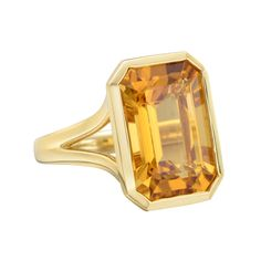 Goshwara Emerald-Cut Citrine Cocktail Ring in 18k yellow gold. Citrine weighing 6.89 carats and measuring 15 x 10mm.