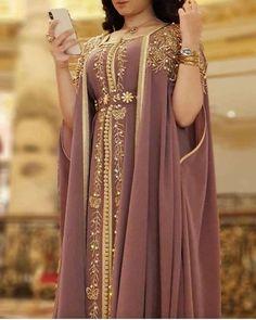 Modern high-end beaded caftan 2019 - Discover on our shop sale marocian & takchita cheap in France, Belgium, Morocco, Algeria, T - Arab Fashion, Muslim Fashion, Stylish Dresses, Fashion Dresses, Morrocan Dress, Arabic Dress, Abaya Mode, Afghan Dresses, Designs For Dresses
