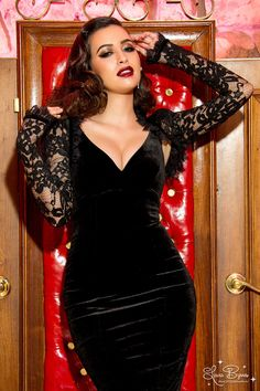 Vintage Goth Pinup Capsule Collection - Gothic Lace Bolero