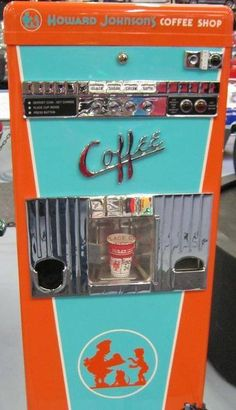 Coffee Vending Machine Happy What do you think about this old school coffee vending machine?Happy What do you think about this old school coffee vending machine? Vintage Poster, Vintage Ads, Vintage Items, Vintage Antiques, Vintage Images, Café Retro, Arcade, Juke Box, Coffee Vending Machines