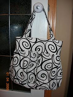 Tutorial: Nice Big Shoulder Bag/Purse. Shrink down size for small over the shoulder bag with one long strap