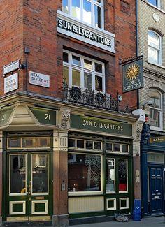 The Sun & 13 Cantons Pub - Dean Street Soho (Samsung & Zoom) London Pubs, London Street, Vacation Places, Vacation Spots, Shop Facade, British Pub, Pub Signs, Street House, Shop Fronts