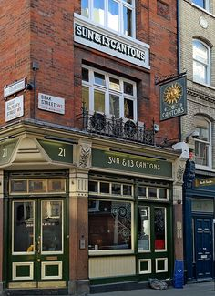 The Sun & 13 Cantons Pub, Dean Street. London