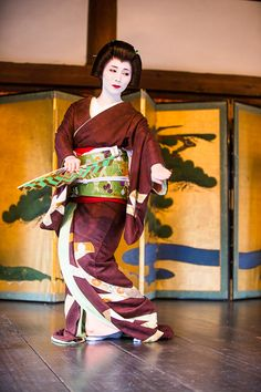 Kitano Shrine! ~ Setsubun Festival on seven hotels Japan dance ~: THE PHOTO DIARY By CANON!