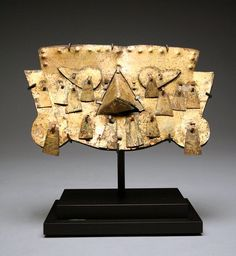 A Sican  /  Lambayeque Gold Mask, Peru 800 CE