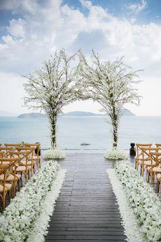 Beautiful tree arch ceremony decor