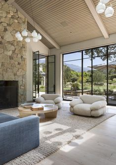 Have a look at these amazing projects and be inspired! #luxuryhome #interiordesign #luxurydesign #moderndesign #luxuryinterior #contemporarydesign #interiordesignproject Home Room Design, Dream Home Design, My Dream Home, Home Interior Design, Dream House Interior, Luxury Homes Dream Houses, Future House, House Goals, Home Deco