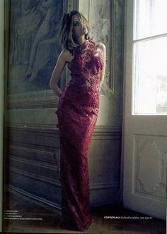 Nora Sarman dress https://www.facebook.com/sarmannora