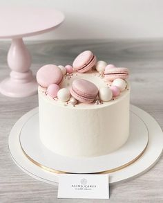 28 Ideas For Simple Birthday Cake Decorating Decoration Cute Cakes, Pretty Cakes, Beautiful Cakes, Amazing Cakes, Mini Cakes, Cupcake Cakes, Bolo Tumblr, Bolos Naked Cake, Rodjendanske Torte