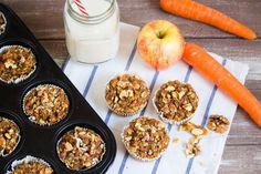 Vegane Karotten Zucchini Muffins - Saftig, lecker und gesund. Perfekt als Snack für Zwischendurch oder als kleines Frühstück!