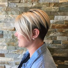Rooty Blonde Undercut Haircolor haircut 2017 Trends Platinum Blonde PrismaticColorStudio Bold Hair Assymetrical Cut