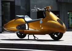 Gull Craft transformed the Honda Forzas into this retro-futuristic KYBELE cyber scooter.