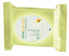 Yves Rocher's Pure Calmille Comfort Cleansing Cloths. #yvesrocher #organic #beauty #chamomile