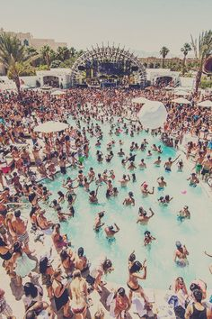 Pool Party #edm ##festival