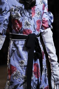 See detail photos for Erdem Spring 2018 Ready-to-Wear collection.