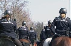 Polizeipferde in Deutschland: Das Polizeipferd als Einsatzmittel und Sympathieträger